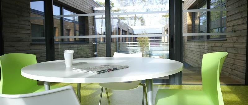 Salle de détente Pépinière des Innovations Photo X.Mignant Ville et Quimper Communauté